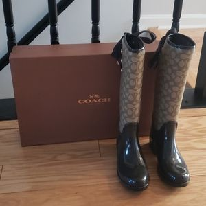 Coach weather boots